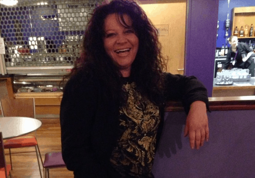 Helen Aitken : Sales Executive